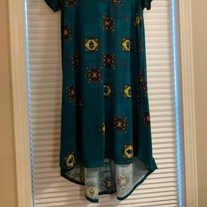 LuLaRoe Dresses - Fun flowy and amazing print dress